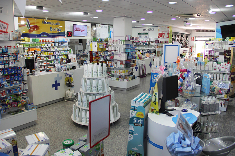 Interior Farmacia Open Aguadulce