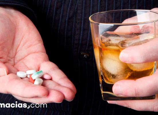 Ibuprofeno y alcohol, una combinación con mucho riesgo