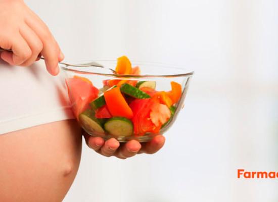 ¿Se puede comer antes del parto?
